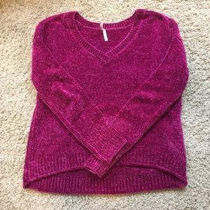 Magenta v-neck fuzzy sweater